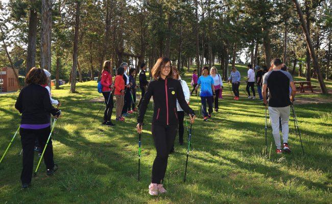 Prova pilot per difondre els beneficis de la marxa nòrdica per a la salut a l'àmbit de l'Alt Pirineu